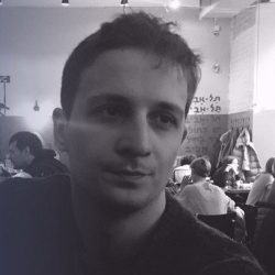 Артём Чернец